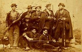 Foto di gruppo di briganti