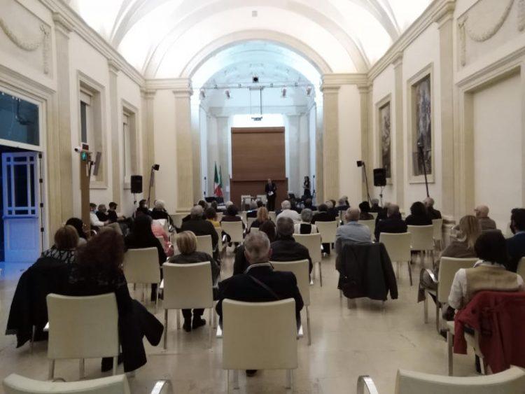 Sala con pubblico Biblioteca Bernardini